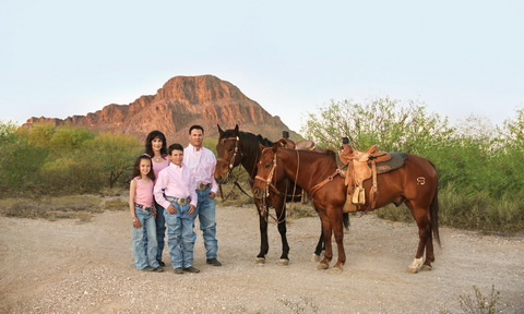 Unique Photography - Tucson, Az  - Family Portraits